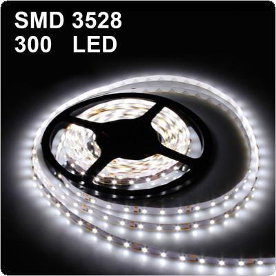 5m Waterproof 12V 24W 300LED White Strip Light for Decorating and Lighting