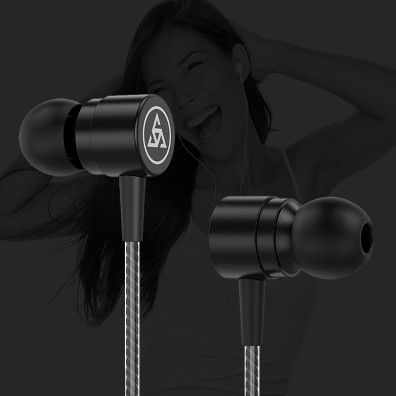 PTM D1 Metal In Ear Headphones with Line Control and Wheat Tuning for Smartphone